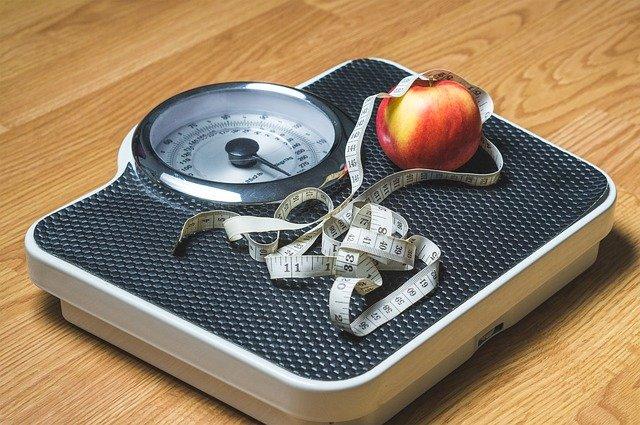 jablko na váze.jpg